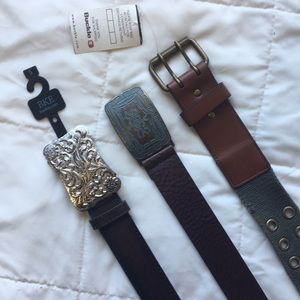 NWT Buckle belts all med